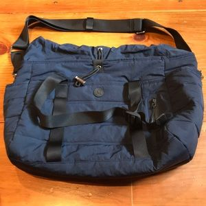 LULULEMON Navy Dash All Day Quilted Duffle Laptop